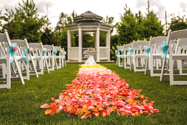 Fresh Petals Aisle Runner